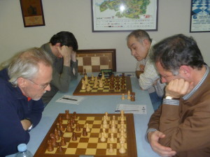 150228-Sestao-Conteneo-Varas-Gomez_y_DelRio-Nava-r
